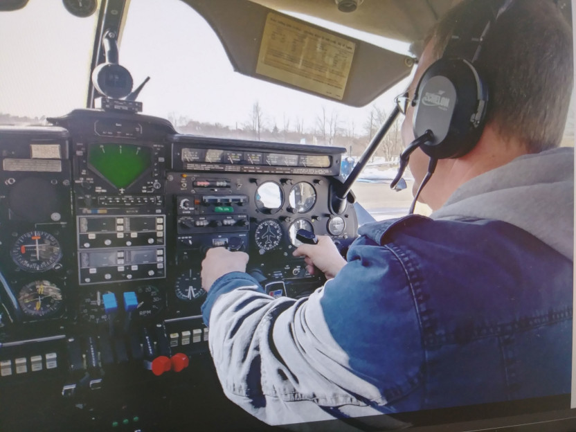 hands-on training and ground school make up the two core elements of our curriculum at roxon aviation flight school